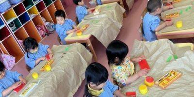 折り紙遊び〈2歳児〉 令和3(2021)年3月9