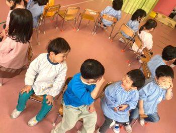 椅子取りゲーム〈2歳児〉 令和3(2021)年3月8日